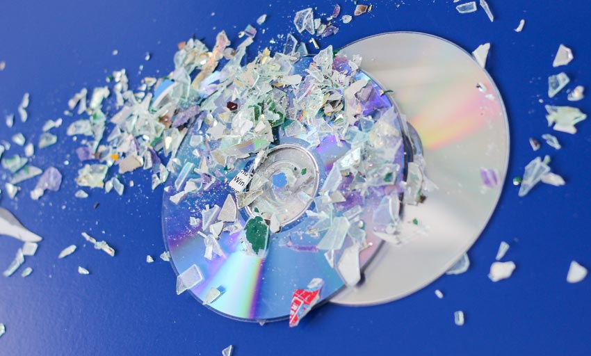 vernietigde-cd-dvd-datadragers